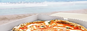thumbnails Pizza on the beach